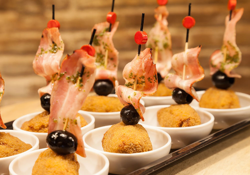 PINTXO - Home-made meat croquette